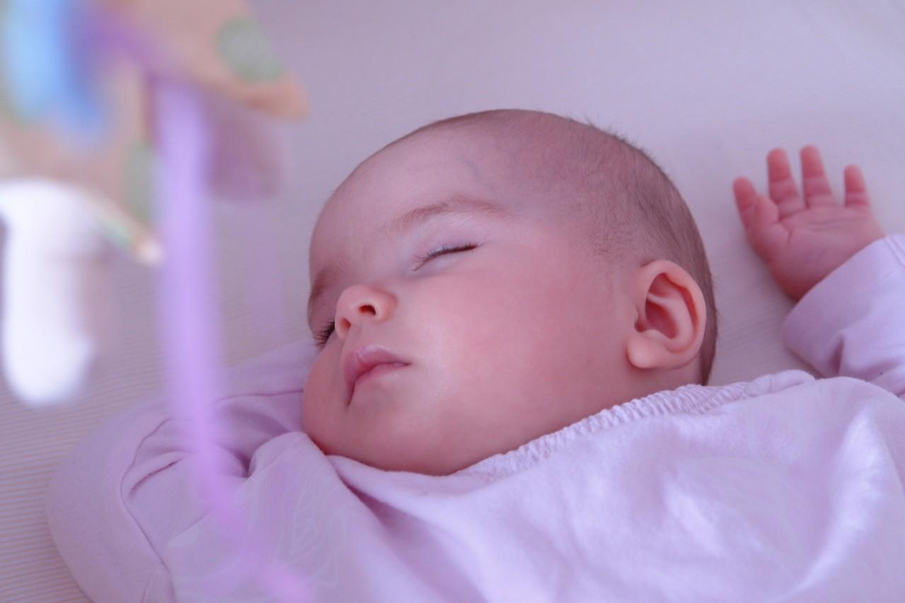 Leżaczki dla niemowląt – na co zwrócić uwagę?